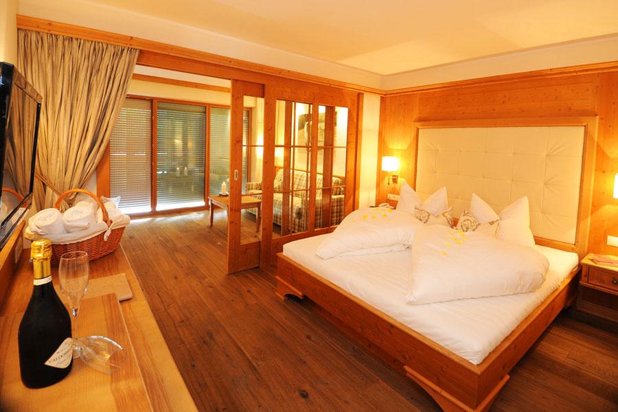 Hotel hafling reiterhotel sulfner 4 sterne bei meran for 4 sterne hotel dortmund