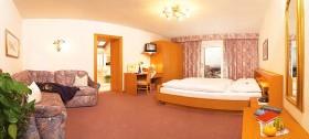 Wunderschöne Zimmer im ländlichen Stil für Ihren Urlaub in Hafling