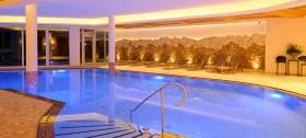 Badewelt mit Saunalandschaft im Hotel Sulfner